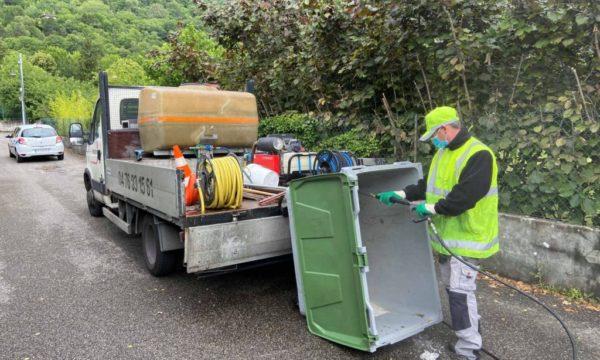 Désinfection de gaines et containers poubelles - Prodhyg 38 - Grenoble